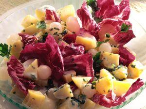 Kartoffel-Zwiebelsalat mit Radicchio Rezept