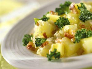 Kartoffeleintopf mit Grünkohl Rezept
