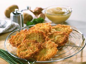 Kartoffelpuffer mit Apfelmus Rezept
