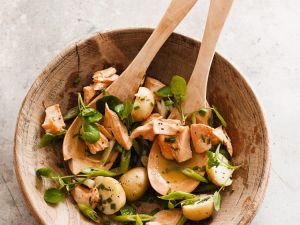 Kartoffelsalat mit Fisch Rezept