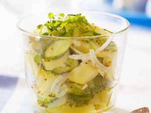 Kartoffelsalat mit Gewürzgurken Rezept