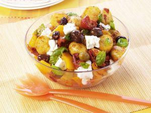 Kartoffelsalat mit Oliven und Schafskäse Rezept