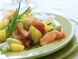 Kartoffelsalat mit Spargel und Schinken Rezept