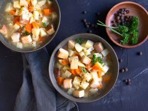 Kartoffelsuppe mit Tofu Rezept