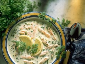 Kerbelcremesuppe mit Lachs Rezept