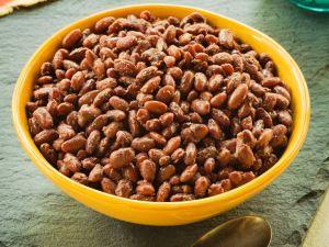Kidneybohnen mit Zwiebeln und Knoblauch Rezept