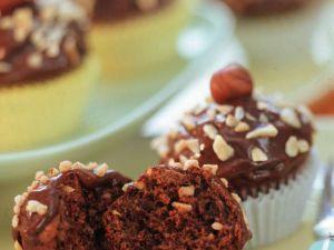 Kleine Muffins mit Nusscreme Rezept