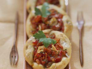Kleine Pizzen mit Paprika Rezept