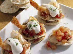 Kleine Tortillas mit Tomate, Shrimps und Frischkäse Rezept