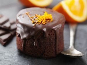 Kleiner Schokokuchen mit Orange Rezept