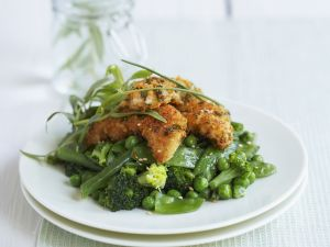 Knusper-Hähnchen auf grünem Gemüse Rezept