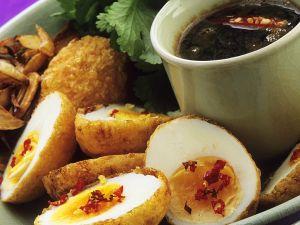 Knusprig frittierte Eier Rezept