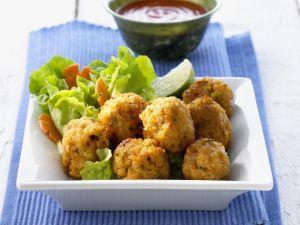 Knusprige Shrimpsbällchen mit Chilisoße Rezept
