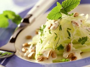 Kohlrabisalat mit Joghurtdressing Rezept