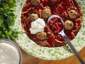 Kohlsuppe mit Roter Bete Rezept