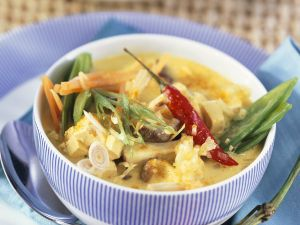 Kokos-Currysuppe mit Lopino Rezept
