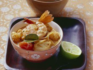Kokos-Fischsuppe mit Meeresfrüchten Rezept