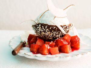 Kokoseis mit Erdbeeren Rezept