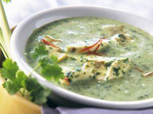 Kokossuppe mit Spinat und Hähnchen Rezept
