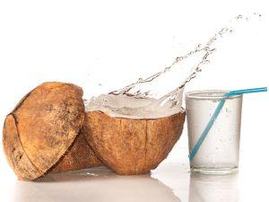 Kokosmilch und Kokoswasser: Was ist der Unterschied?