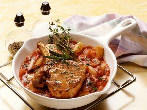 Kotelett vom Kalb mit Tomatensoße Rezept