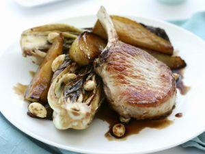 Kotelett vom Schwein mit Birne und Radicchio Rezept