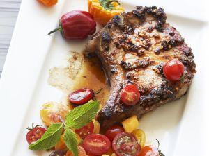Kotelett vom Schwein mit Salsa aus Tomaten Rezept