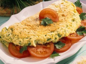 Kräuter-Omeletts mit Tomaten Rezept