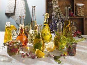 Kräuter- und Gewürzöle Rezept