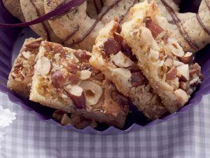 Kuchenschnitte mit Nüssen Rezept