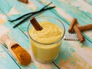 Spice up your Smoothie! Mit diesen 6 herbstlichen Zutaten