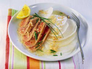 Kurzgebratener Thunfisch mit Rettichsalat Rezept
