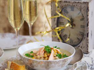 Lachs-Kichererbsen-Süppchen mit Champagner Rezept