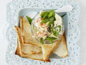 Lachs-Meerrettich-Aufstrich mit Sesam-Toast Rezept
