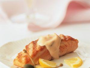 Lachs mit Weißweinsauce Rezept