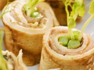Lachs-Pfannkuchen-Rollen Rezept