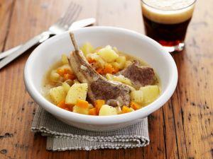 Lamm-Kartoffel-Eintopf nach irischer Art (Irish Stew) Rezept