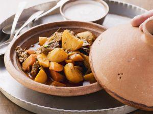 Lamm und Topinambur aus der Tajine Rezept