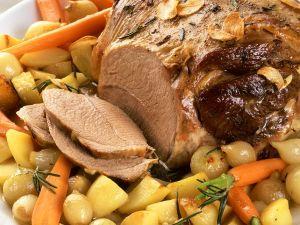 Lammkeule mit Schmorgemüse Rezept