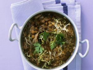 Lammsuppe mit Friseesalat Rezept