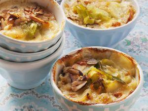 Lauch-Kartoffel-Gratin mit Nüssen Rezept