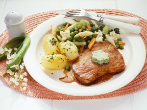 Leipziger Allerlei mit Kalbsschnitzel Rezept