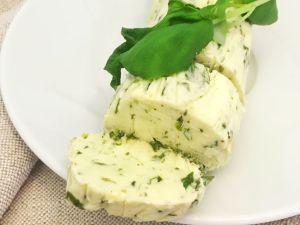 Limetten-Basilikum-Grillbutter Rezept
