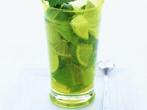 Limetten-Melisse-Cocktail Rezept