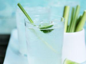 Limettendrink mit Zitronengras Rezept