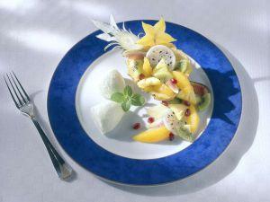 Limetteneis mit Früchten Rezept