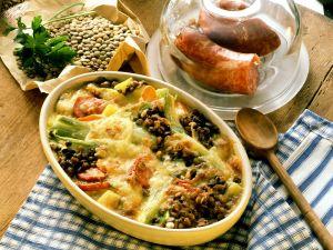 Linsengratin mit Gemüse und Wurst Rezept