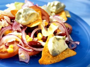 Mais-Bohnensalat mit Avocadocreme Rezept