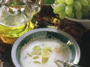 Mandel-Traubensuppe Rezept