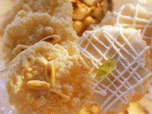 Mandeln-Pinienkernplätzchen Rezept